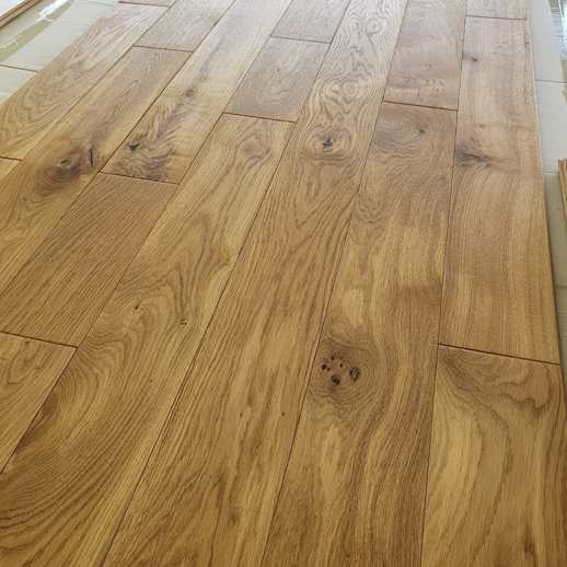 18mm x 125mm Solid Oak Wood Flooring