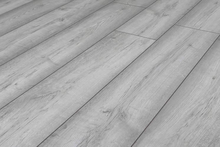 Lighthouse Grey Oak 8mm Laminate, Light Grey Oak Effect Laminate Flooring