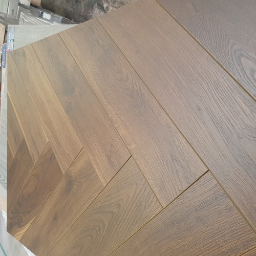 Robusto Dark Oak 12mm Herringbone