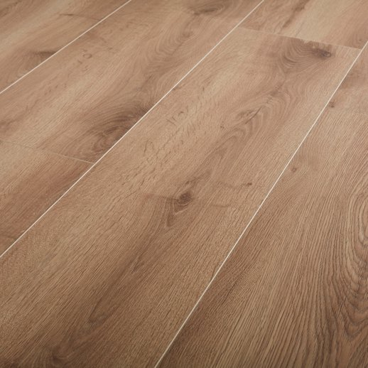 Masham Natural Oak 12mm Laminate Flooring