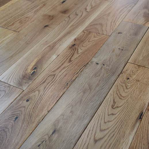 18mm x 90mm Solid Oak Flooring - Lacquered