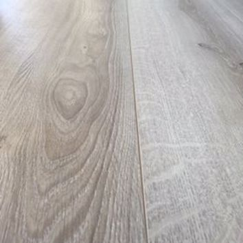Ivory Oak XL Laminate Flooring