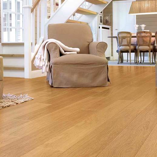 17m2 Quickstep Aquanto Natural Varnished Oak & Vapour Barrier Underlay